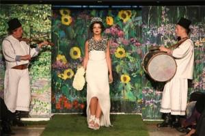 prezentare_de_moda_dorin_negrau_florariile_magnolia_(30)_01_11_2012_19_17_00_medium_