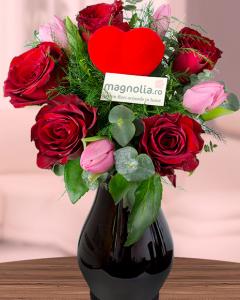 1486130462buchet_lalele_si_trandafiri_rosii_465_580