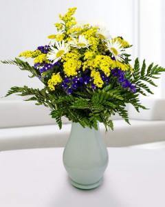 solidago limonium y flores blancas