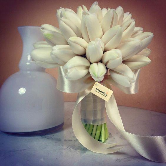 5 Flori De Primăvară Pentru Buchete De Mireasă Magnolia Blog
