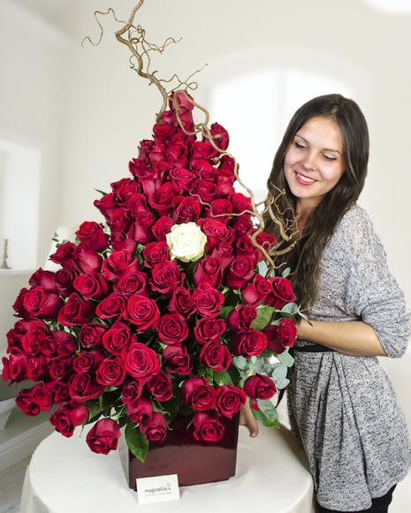 Aranjament din 101 trandafiri roşii Passion