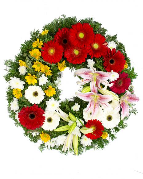 Jerbă cu gerbera albă, roșie şi crini