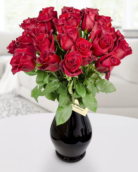 23 Trandafiri roşii