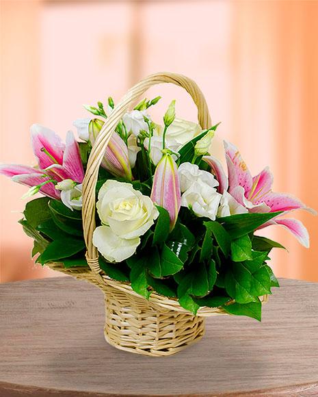 Coşuleţ cu flori de vara