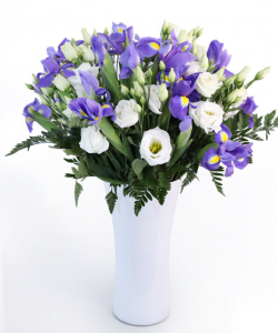 Buchet cu irisi si eustoma