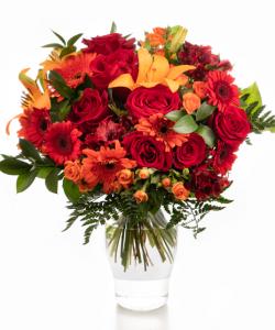 Buchet cu flori rosii si portocalii