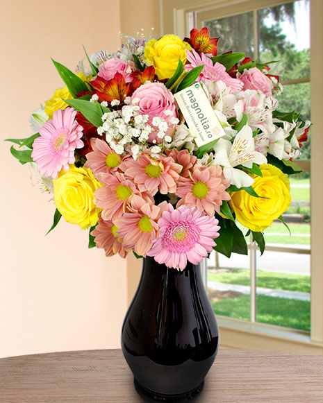 Bouquet with pink flowers