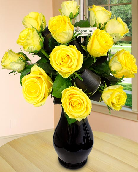 Bouquet with 15 yellow roses