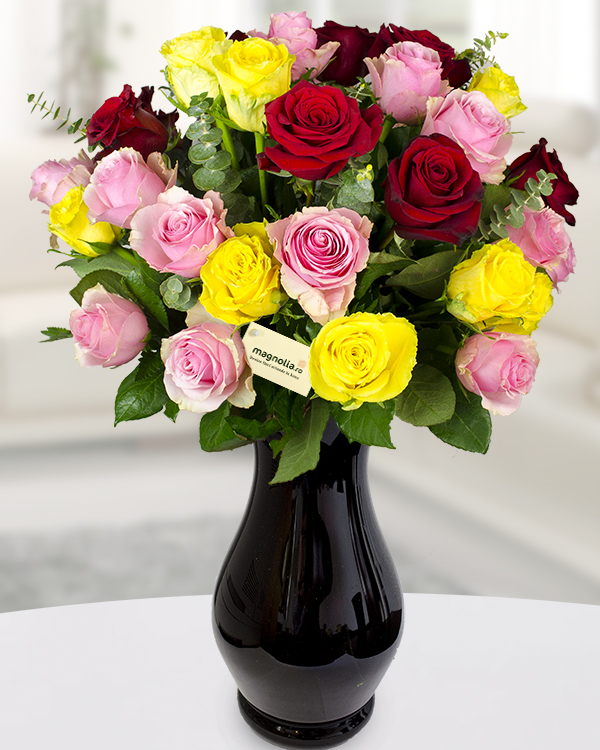 Bouquet with 30 colored roses