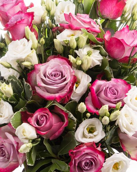 Buchet cu trandafiri roz si eustoma
