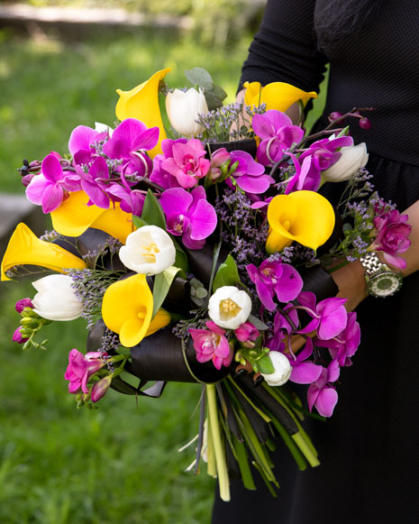 Orchid and calla lilies bouquet