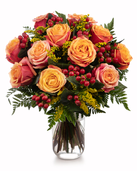 Roses and hypericum bouquet