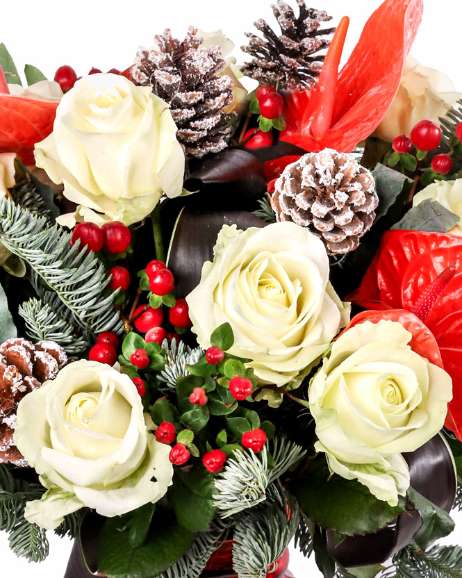 Christmas bouquet with fir cones