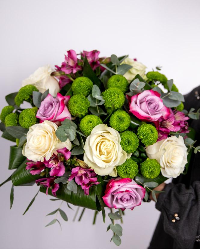 Ioana flower bouquet