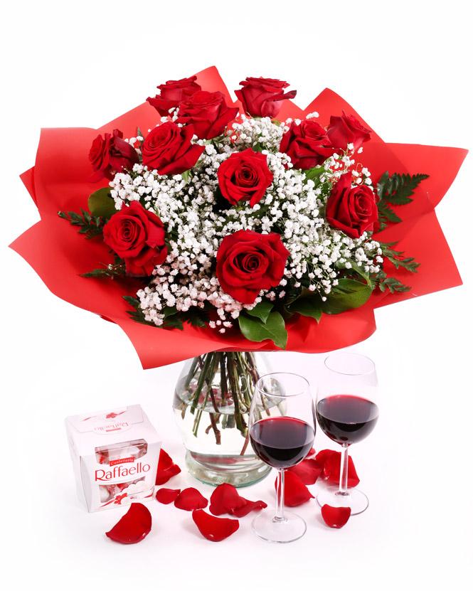 Buchet trandafiri roșii cu Raffaello