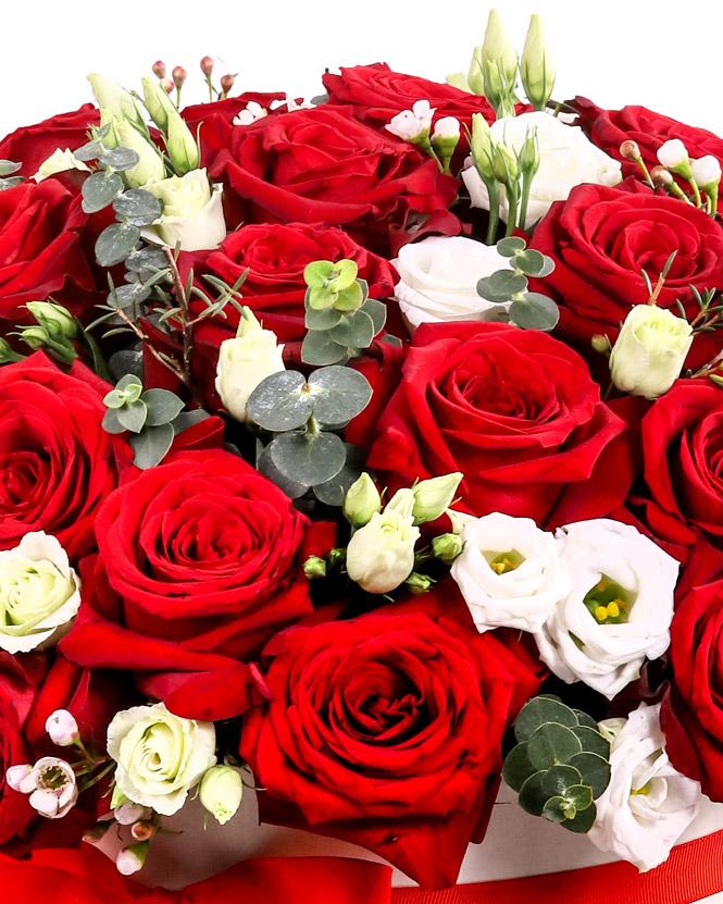 Cadou romantic cu trandafiri