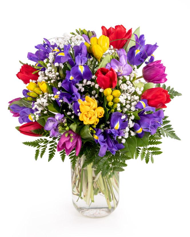 buchet cu flori de primavara