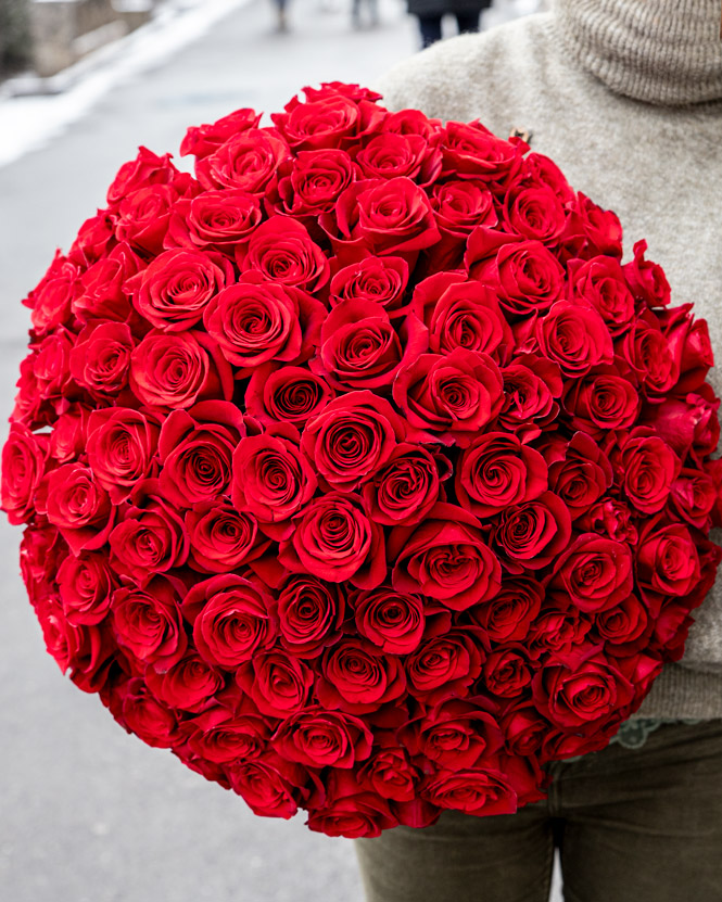 101 Red Freedom Roses Bouquet