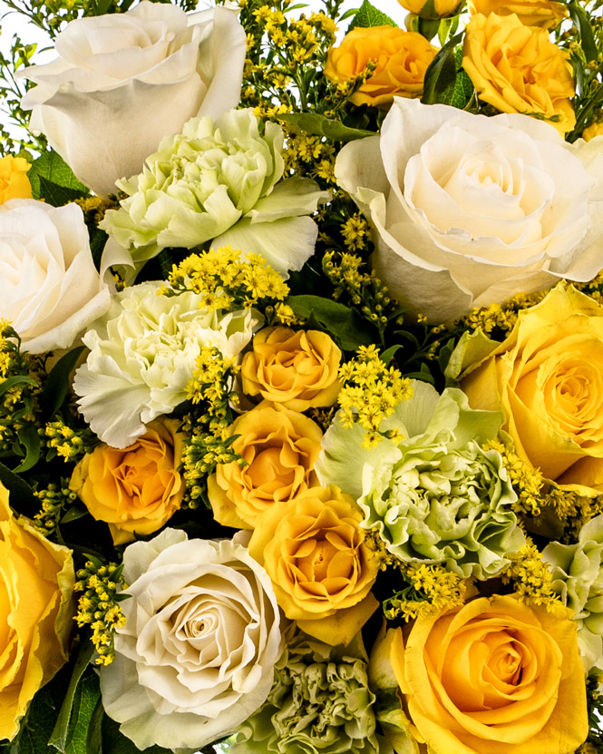 White and yellow rose bouquet