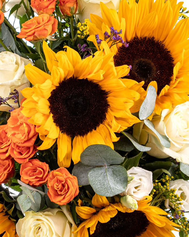 Buchet vesel cu floarea-soarelui