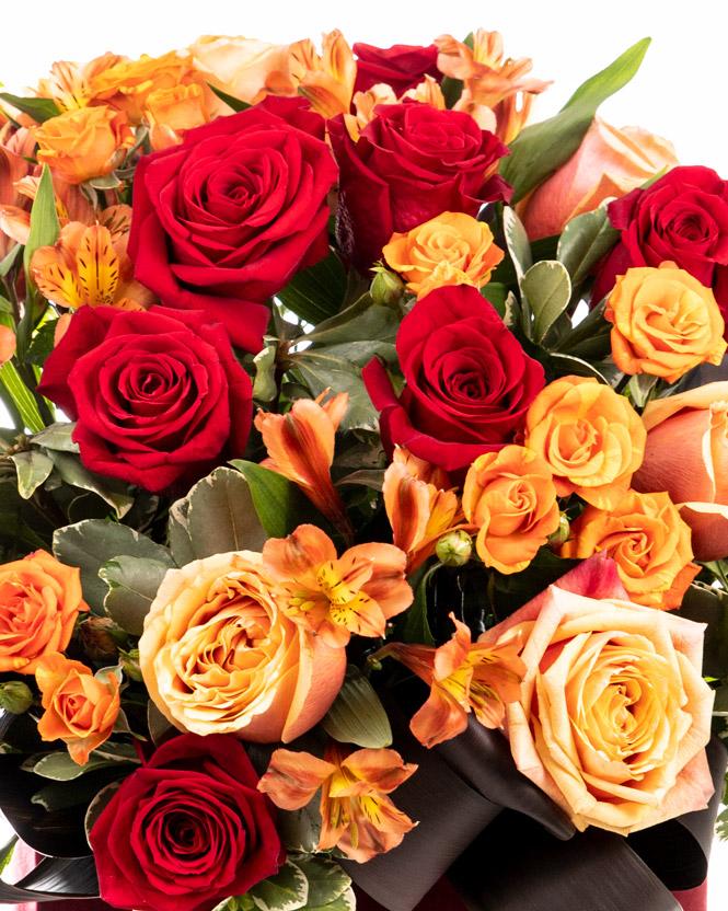 Inimă de catifea cu trandafiri