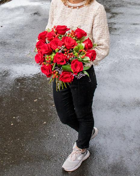 Buchet catifelat cu trandafiri