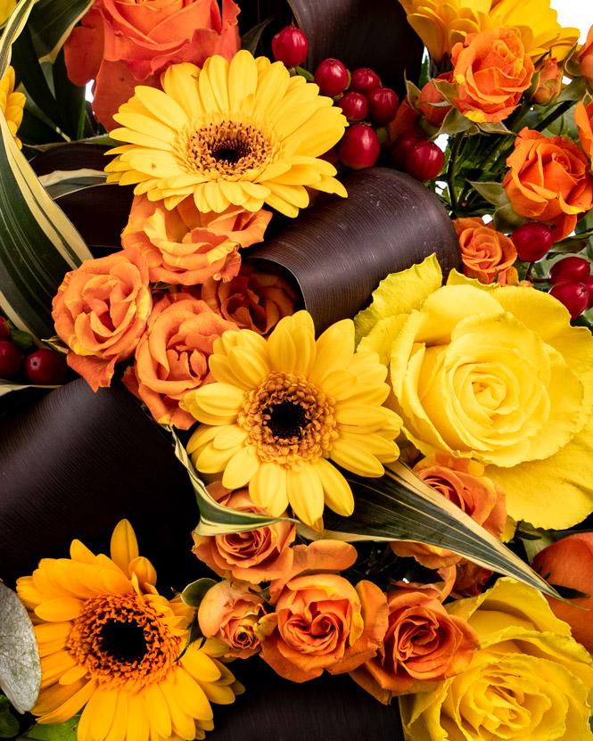 Warm colored bouquet
