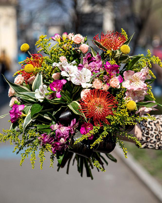 Mix cut flower bouquet