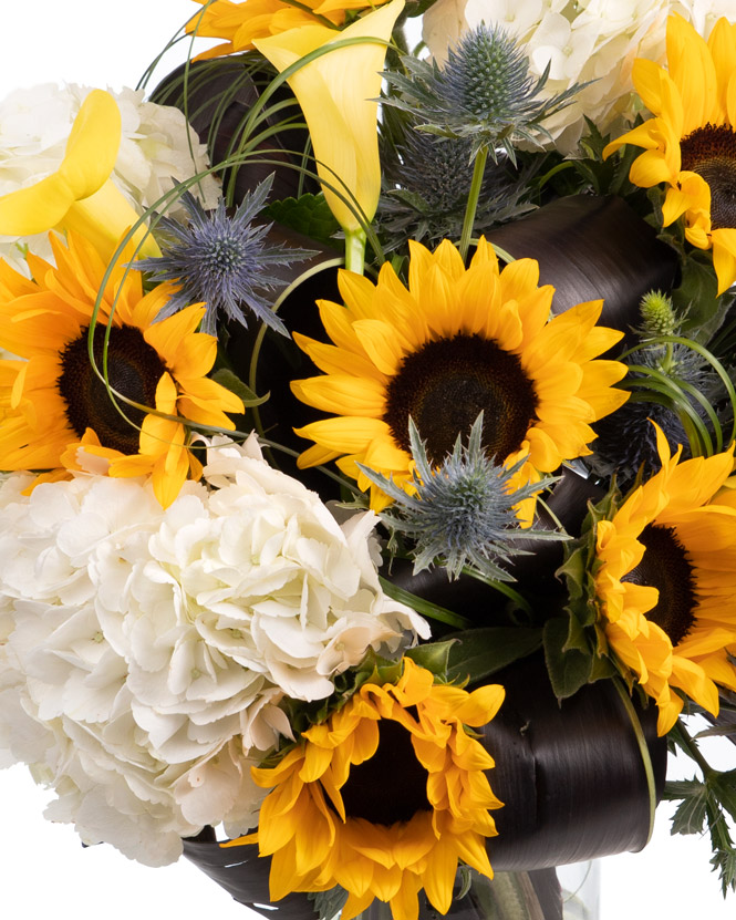 Bouquet of sunflowers and hydrangea