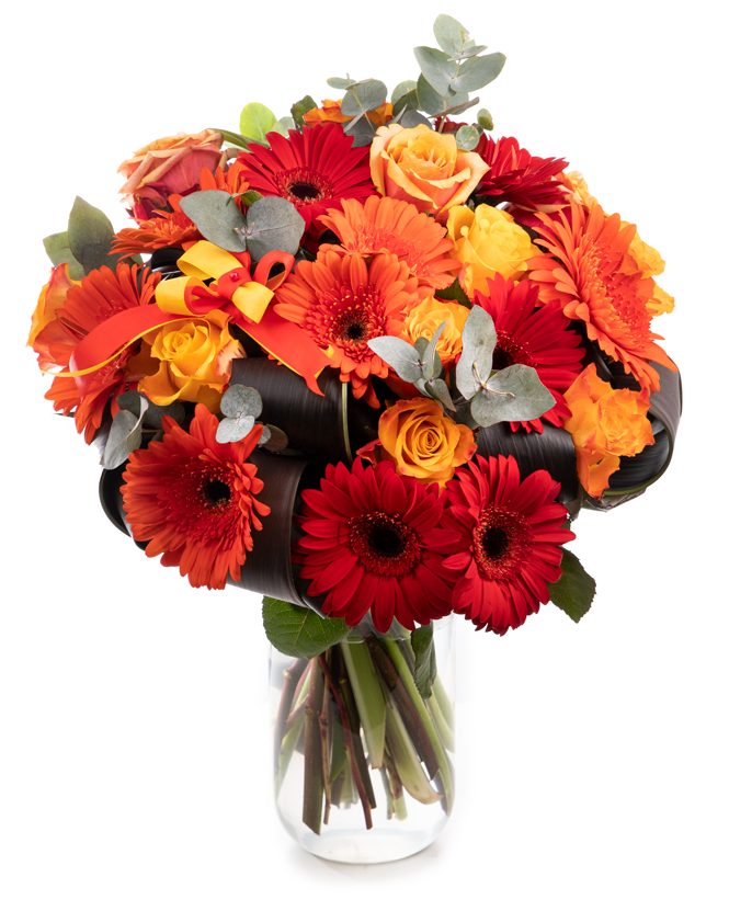 Bouquet with roses and gerbera