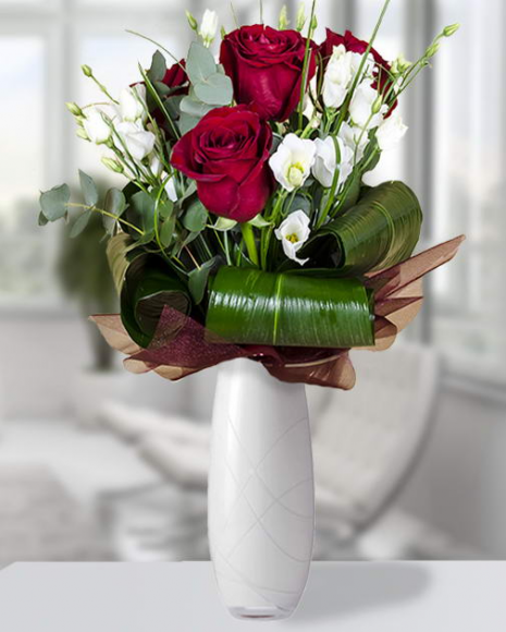 Buchet cu trandafiri, eustoma, eucalipt şi aspidistra poza 2