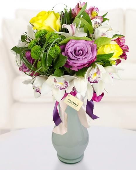 Buchet cu flori mix colorate poza 2