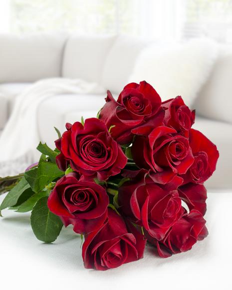 Buchet cu 9 trandafiri roşii poza 2