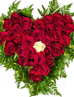 Inimă cu 31 trandafiri