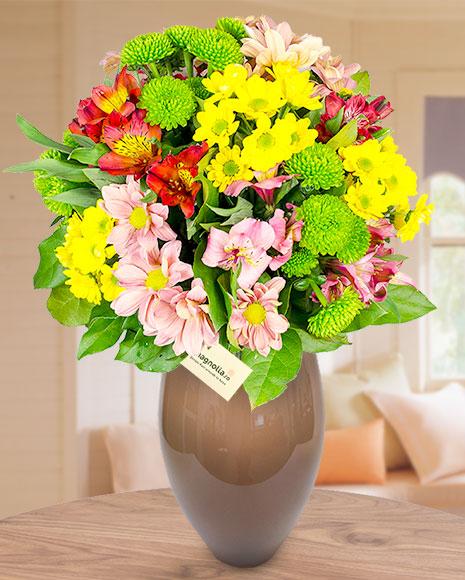 Buchet mix crizanteme și alstroemeria