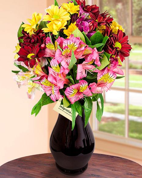 Buchet crizanteme și alstroemeria