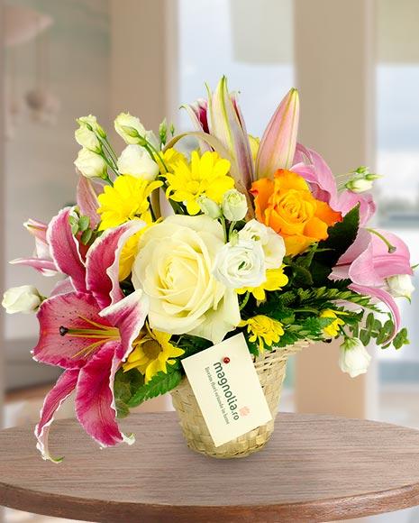 Coşuleţ cu flori colorate