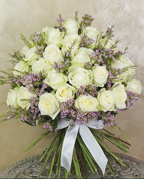 Buchet de lux cu trandafiri albi