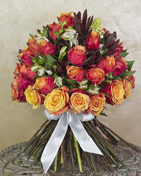 Luxury bouquet with roses and alstroemeria