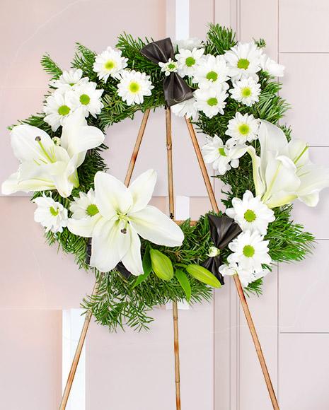 Jerbă funerară cu flori albe