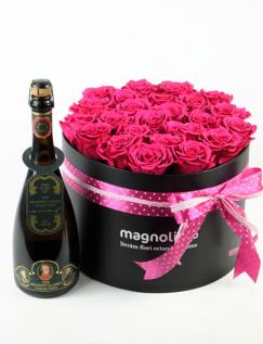 Aranjament cu trandafiri criogenati si vin spumant