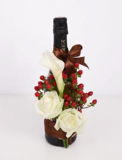 Aranjament floral pe sticla