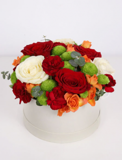 Box with roses and carnations
