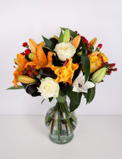 Bouquet of lilies and hypericum