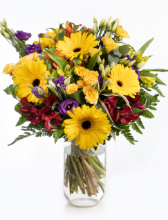 Buchet cu gerbera, trandafiri şi alstroemeria