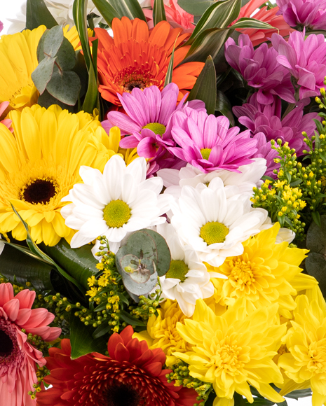 Buchet de flori in culori vesele