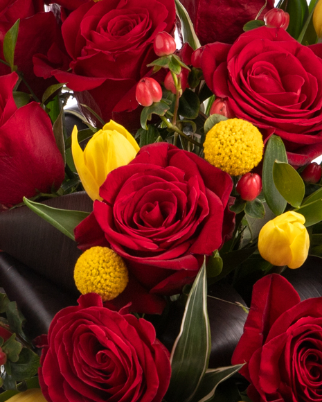 Flori de Dragobete - Buchet Inima din Trandafiri