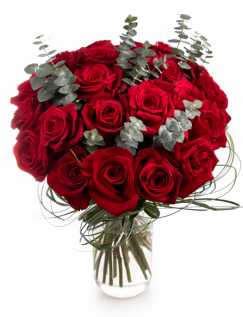 Buchet cu trandafiri roșii și eucalipt