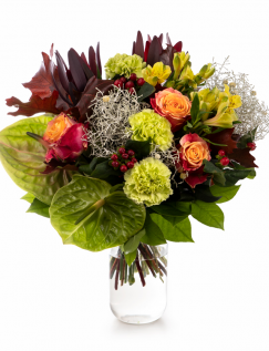 Bouquet with autumn elements
