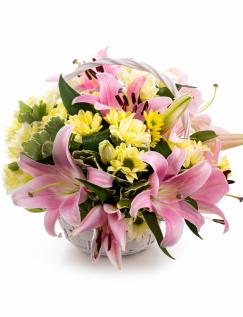 Aranjament in cos crini si crizanteme